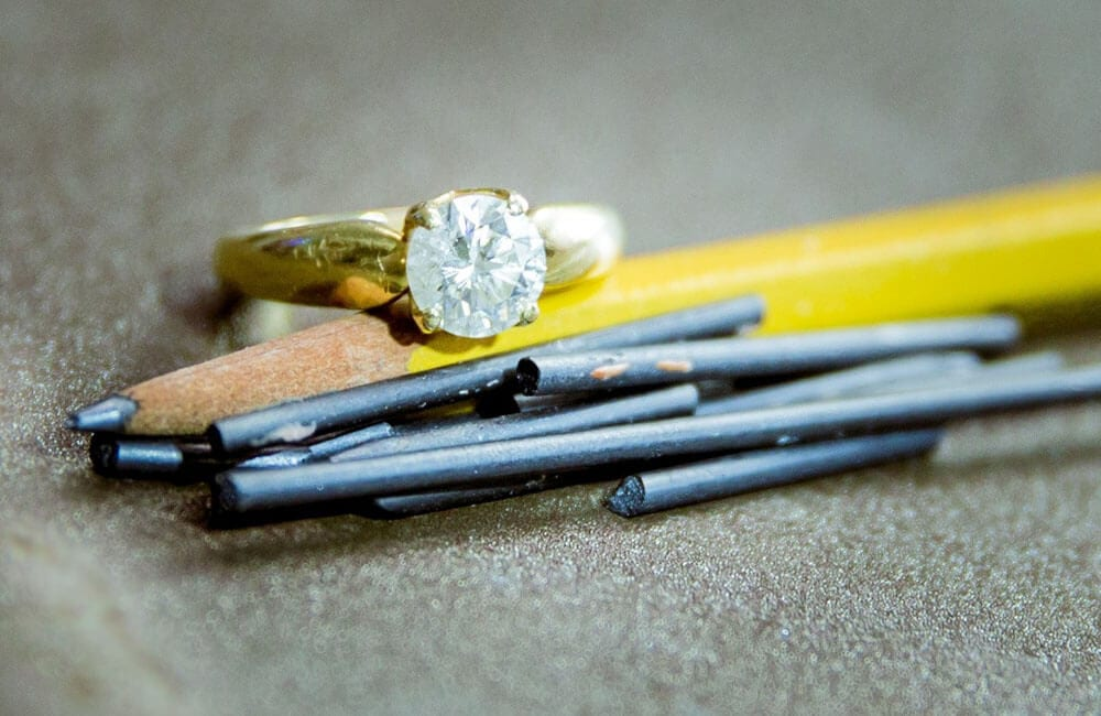 Graphite Turns to Diamond in the Microwave @ robertlevinson3 / Pinterest.com